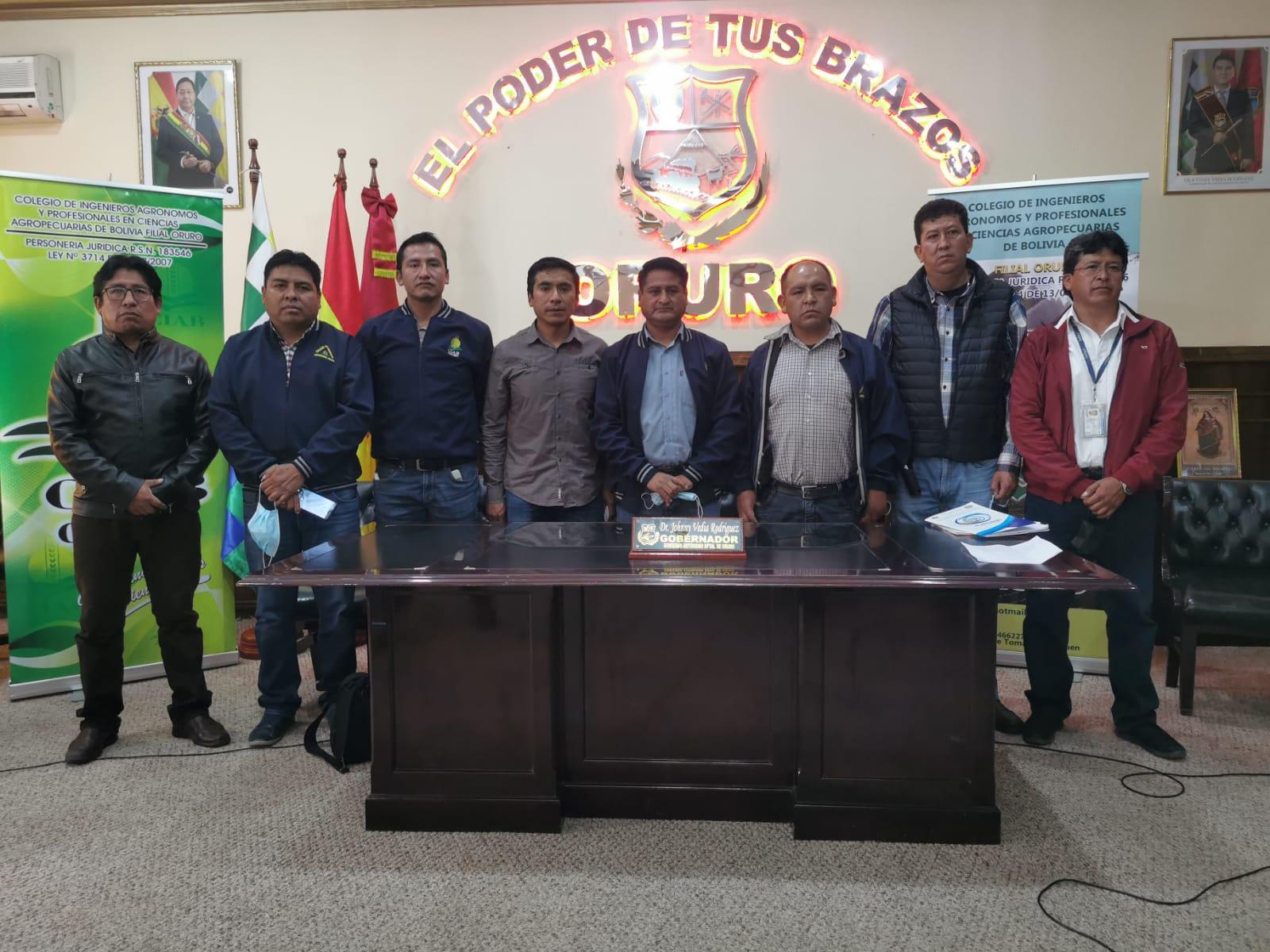 Colegio de Agrónomos y Gobernación acuerdan trabajo coordinado en beneficio de la región